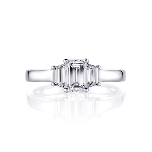 Greta in 18K whitegold with 1,05ct diamond