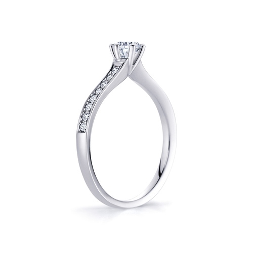 Isabelle in 18K whitegold with 0,50ct diamond